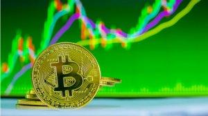 Bitcoin 9.000 Dolara Yaklaştı, Piyasa Değeri 25 Milyar Dolar Arttı