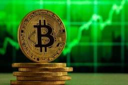 Ünlü Analist Bitcoin'in Yeni Rekorunu Kıracağı Zamanı Açıkladı!