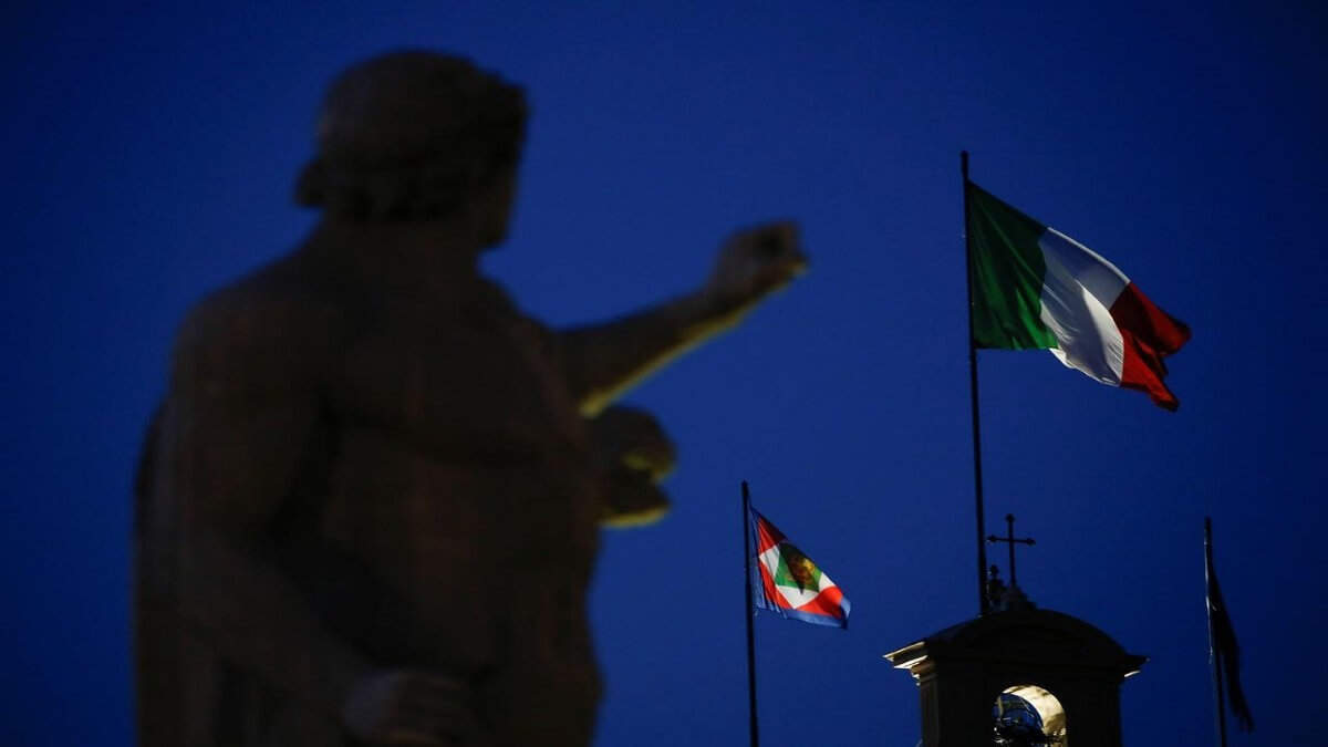 İtalyan Banka 1 Milyon Kullanıcıya Bitcoin Hizmeti Sunacak ...