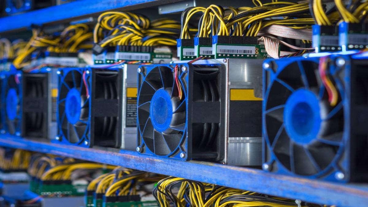 """10.000 Bitcoin Madencilik Cihazı """"Kayıplara Karıştı"""""""