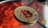 Bitcoin Ve USD Arasındaki Savaş Yaklaşıyor!