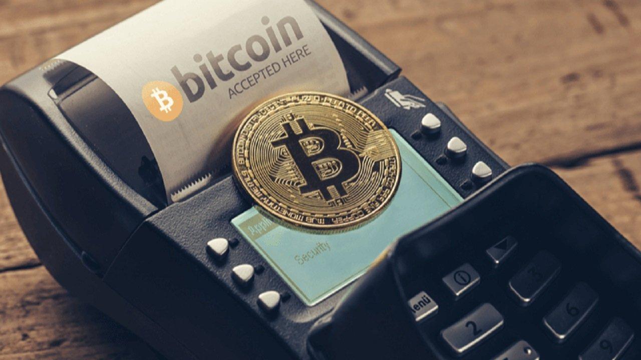 Philipp Plein Bitcoin, Ethereum, Dogecoin, Litecoin ve Tether'i Ödeme Yöntemine Ekledi